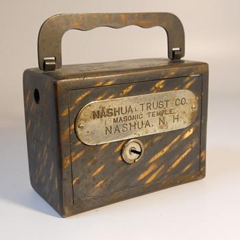 "Promotional Advertising Bank"" NASHUA TRUST CO, MASONIC TEMPLE, NUSHUA ,NEW HAMSHERE"". CIRCA 1900"