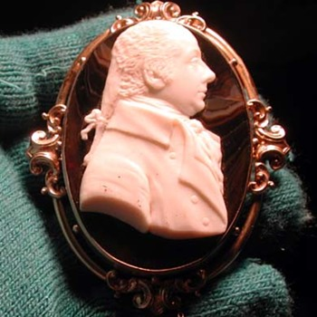Huge shell and agate cameo of man