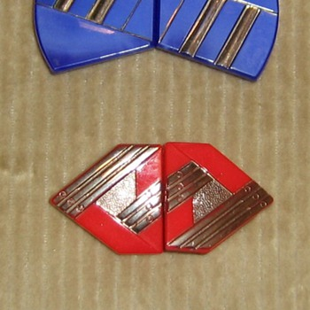Pressed glass Czecho Slovkia clips and pin - Costume Jewelry
