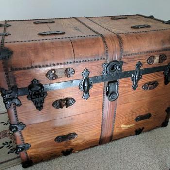 Mystery Trunk - Furniture