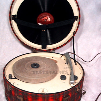 HOOT MON! EMERSON Tartan Plaid Record Player