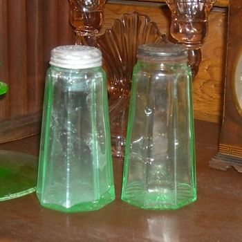 Green Depression Glass Salt and Pepper Shakers - Glassware