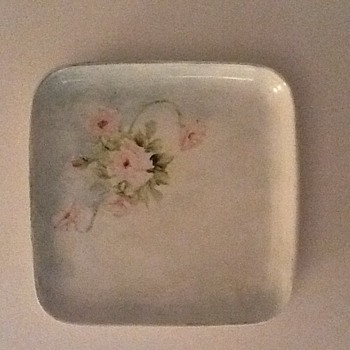 6 Hall China Braniff International Small Plates with Floral Motiffs.