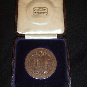 Oxford and Cambridge Boxing Medal - Medals Pins and Badges