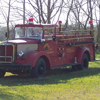 1951 mack - Firefighting