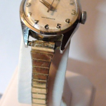 Croton Swiss Wrist Watch Mechanical Movement Yes is Working Year 1950s? - Wristwatches