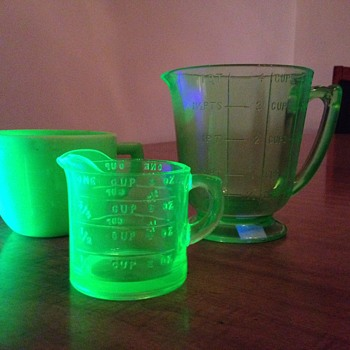 Depression Glass Measuring Cups - Glassware