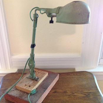 DeWalt-Leviton-Fostoria work lamp ?