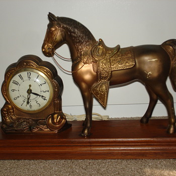 Carnival horse clock - Clocks