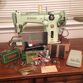 "Singer's 1956 319w2 Sewing Machine"" Green Machine"" - Sewing"