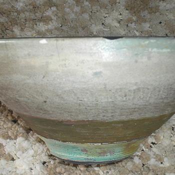 POTTERY - Art Pottery