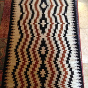 Navajo ? wool rug. What is this pattern called? - Rugs and Textiles