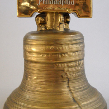 1976 Liberty Bell Decanter