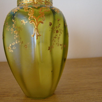 Tiny gelbgrun  painted gold  Loetz (?) vase