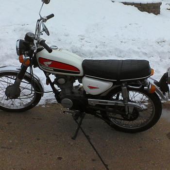 1972 Honda cb100 - Motorcycles