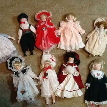 Would like information - Dolls