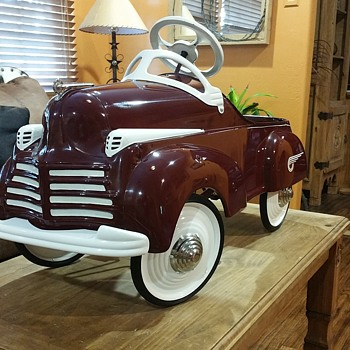 41 STEELCRAFT CHRYSLER DELUXE PEDAL CAR - Toys
