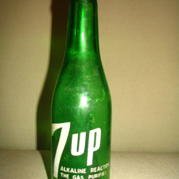 7UP Bottle Found Years Ago - Bottles