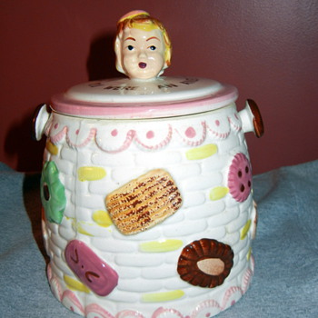 Nana's Cookie jar - Kitchen