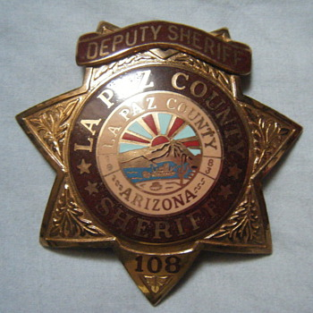 LA PAZ COUNTY DEPUTY SHERIFF STAR BADGE - Medals Pins and Badges