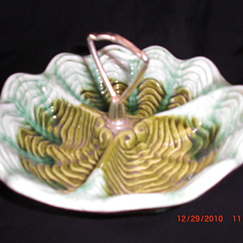 Vintage/Retro what?  Candy dish? - Art Glass