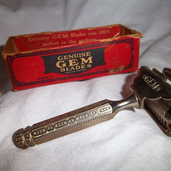 Gem Razor with Twenty Grand razor blade and original box