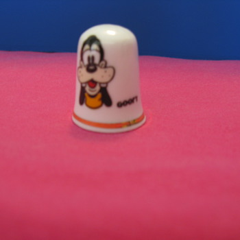 Disney Goofy - Sewing