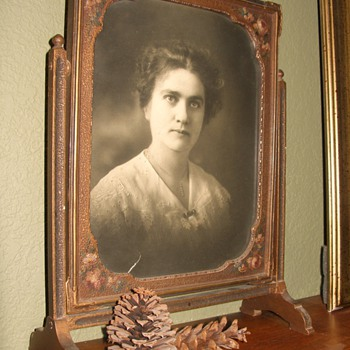 Antique Picture Frame with Photo - Photographs
