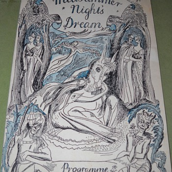 Mom's 1945 Theatre Royal Haymarket A Midsummer's Nights Deam Playbill - Paper