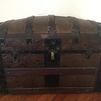 Anyone know anything about this trunk?