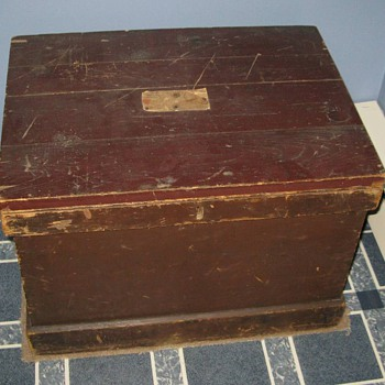 Blanket/Shipping Box with label - Furniture