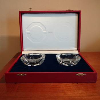 ESTATE CARTIER CRYSTAL ASHTRAYS W/ORIGINAL BOX SIGNED