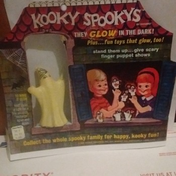 Just picked this up today. 1960's Kooky Spookys Finger Puppet !