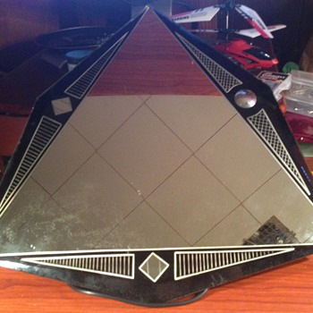 Triangular Art Deco Mirror - Art Deco