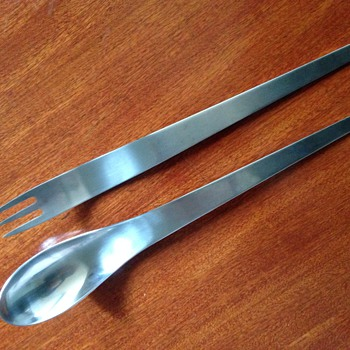 Arne Jacobsen salad servers designed for the SAS Hotel Copenhagen