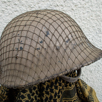 iraqi m80 helmet  - Military and Wartime