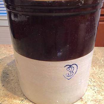 Burley Winter Stoneware 3 Gallon Crock