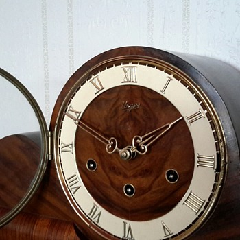URGOS Made in Germany 8 day Westminster chime mantle clock - Clocks