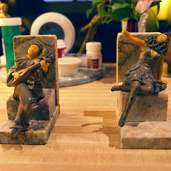 "Mysterous ""OFO"" or ""OOF"" German Bookends 1930-194?"