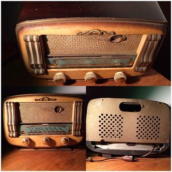 Poste musique, radio , prince, plaque Cafe paris