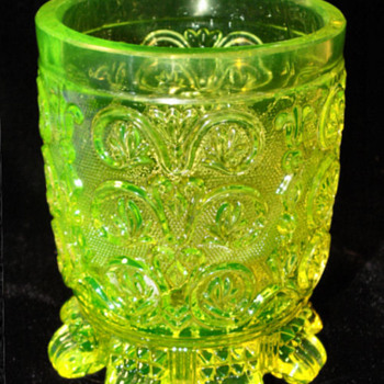 Uranium Lacy Stippled Spooner(?) or maybe Tumbler? - Glassware