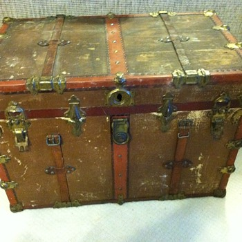 Travel Trunk - Furniture