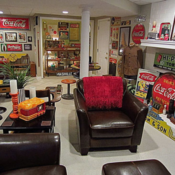 More of the Coca Cola madness in my basement - Advertising