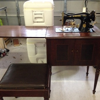 Singer Console Sewing Machine - Sewing