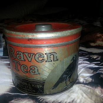 RAVEN TEA TIN FROM NEW ZEALAND - Advertising