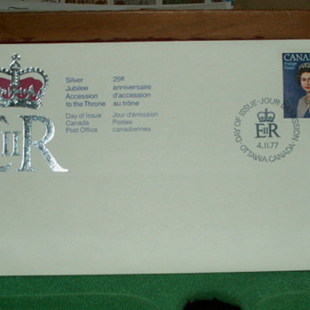 1977 Silver Jubilee of Queen Elizabeth II Envelope & 25¢ Stamp  - Stamps