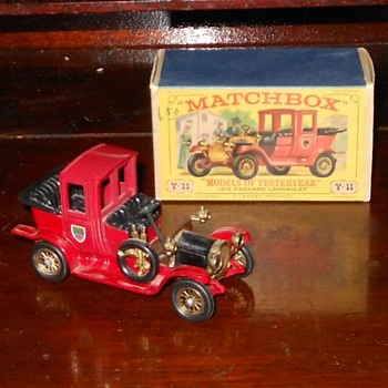 Matchbox Model of Yesteryear Y-11 Packard Landaulet - Model Cars