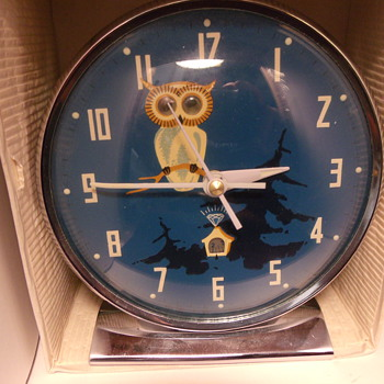 """Hootie Hoot"" Animated Owl Alarm Clock - Clocks"