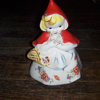 Little red riding hood cookie jar - Art Pottery