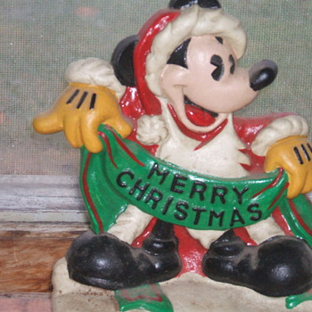 Cast Iron Mickey - Christmas